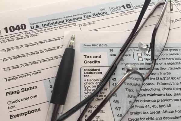 Looking at Boston area tax deductions for late filers for 2015